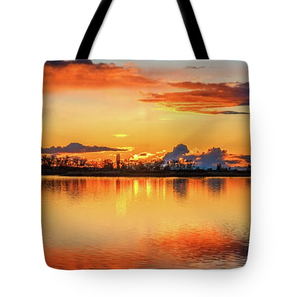 Tote Bag featuring the photograph Glorious Evening by Robert Bales