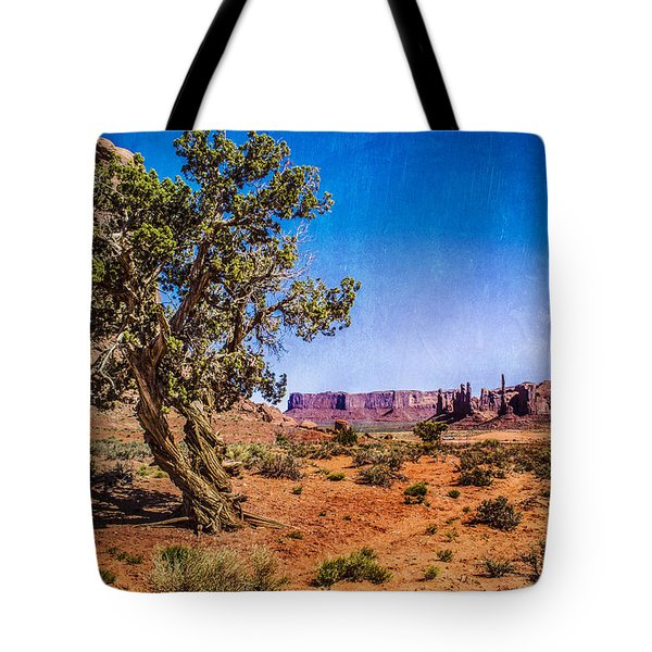 Gnarled Utah Juniper At Monument Vally Tote Bag