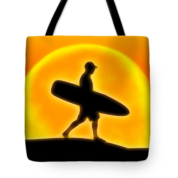 Goin' For A Surf Tote Bag by Andreas Thust