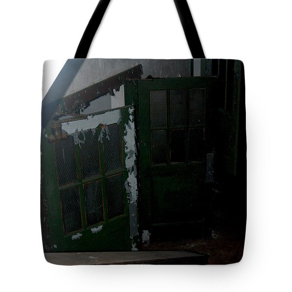 Going Down... Tote Bag