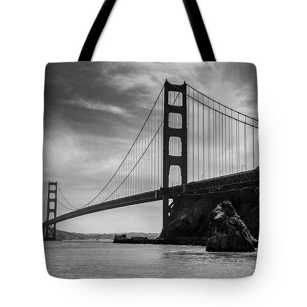 Golden Gate East Bw Tote Bag