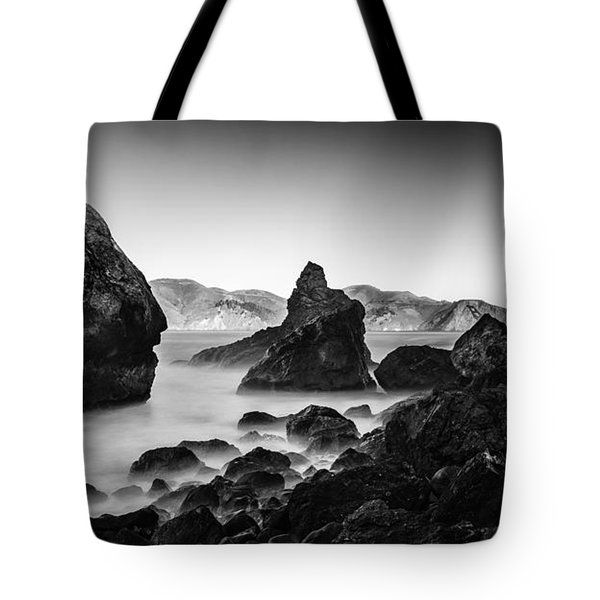 Golden Gate In Black And White Tote Bag