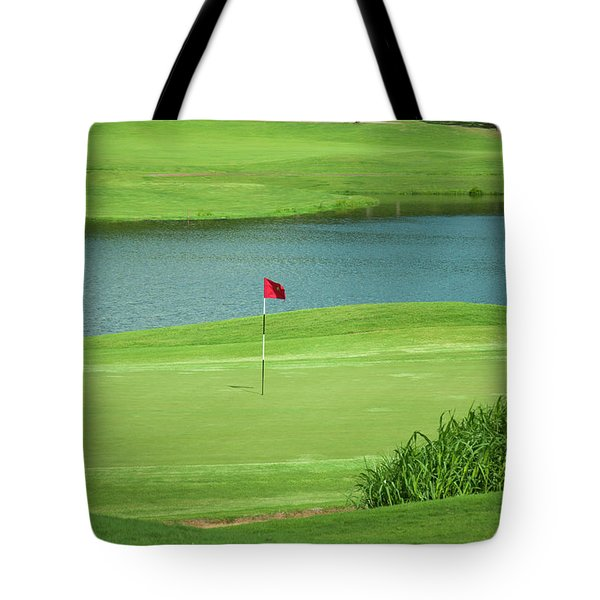 Golf Approaching The Green Tote Bag by Chris Flees