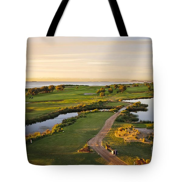 Golfing At The Gong II Tote Bag by Ray Warren