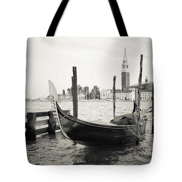 Gondola In Bacino S.marco S Tote Bag