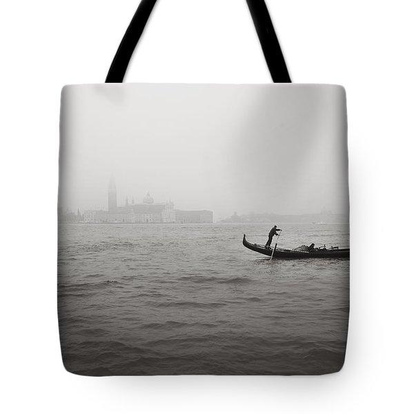 Gondola Nella Nebbia 193042x Tote Bag
