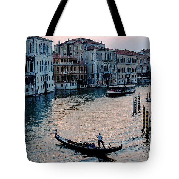 Gondolier On Grand Canal Tote Bag