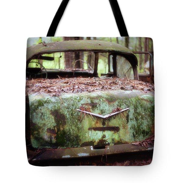 Gone Girl Old Car Image Art Tote Bag