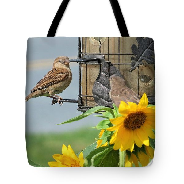 Tote Bag featuring the photograph Good Morning by Jeanette Oberholtzer