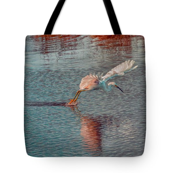 Tote Bag featuring the photograph Graceful Hunter by John M Bailey