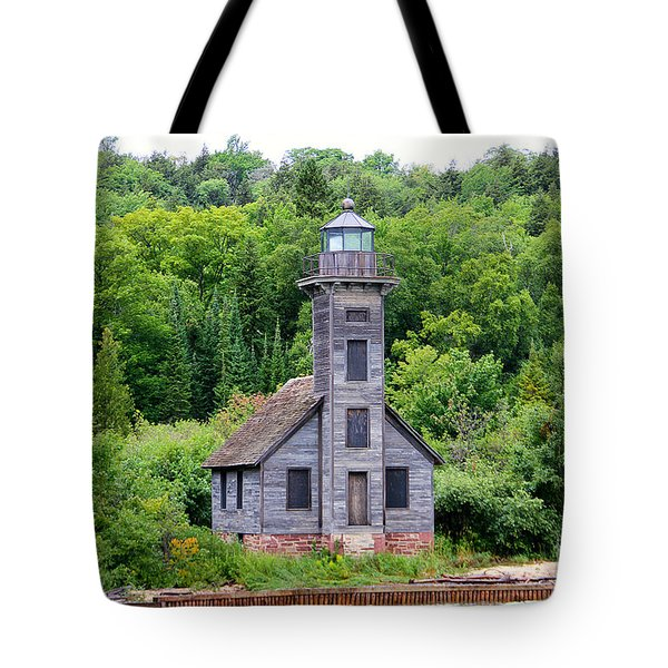 Tote Bag featuring the photograph Grand Island East Channel Lighthouse #6549 by Mark J Seefeldt