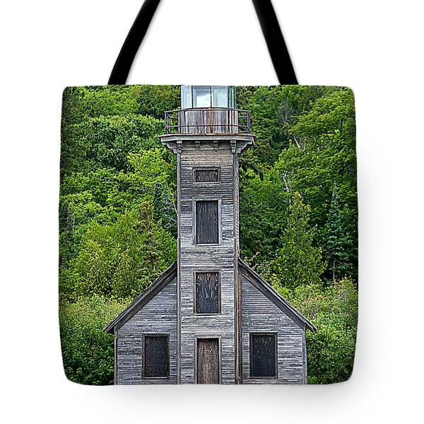 Tote Bag featuring the photograph Grand Island East Channel Lighthouse #6672 by Mark J Seefeldt