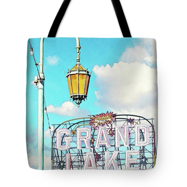 Grand Lake Merritt - Oakland, California Tote Bag