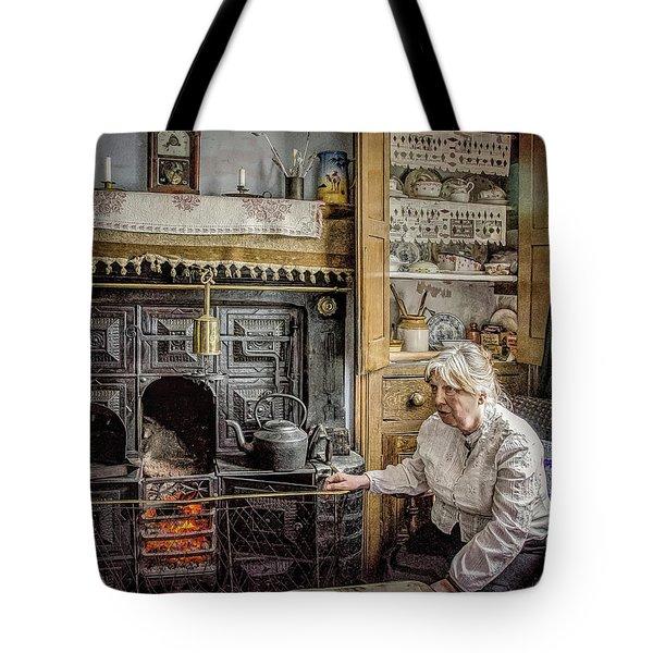 Grandma's Grate Tote Bag