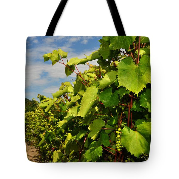 Grapes In The Michigan Vineyard Tote Bag