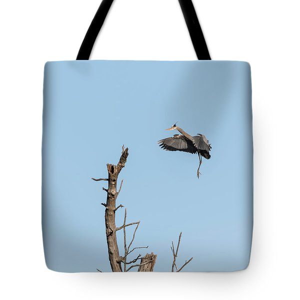Great Blue Heron 2017-3 Tote Bag by Thomas Young