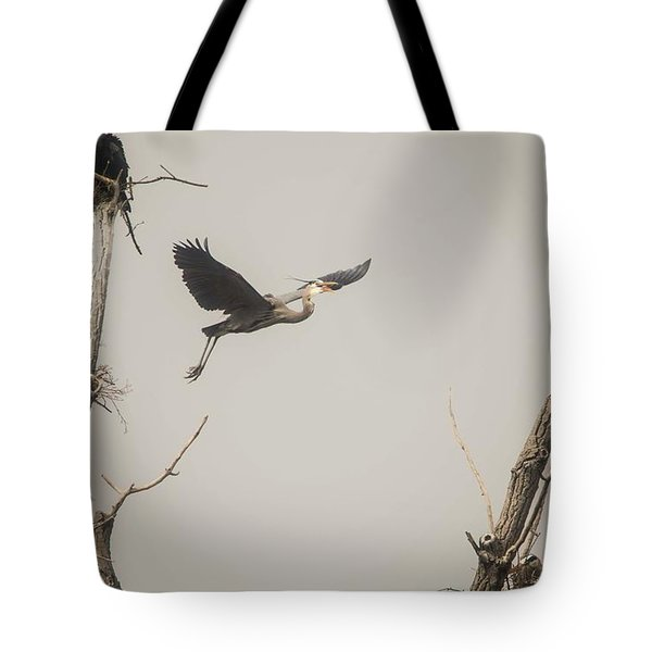 Tote Bag featuring the photograph Great Blue Heron - 6 by David Bearden