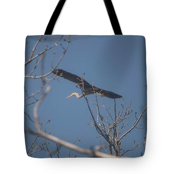 Tote Bag featuring the photograph Great Blue In Flight by David Bearden