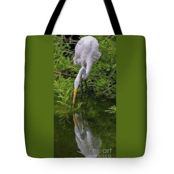 Great Egret With Its Reflection Tote Bag