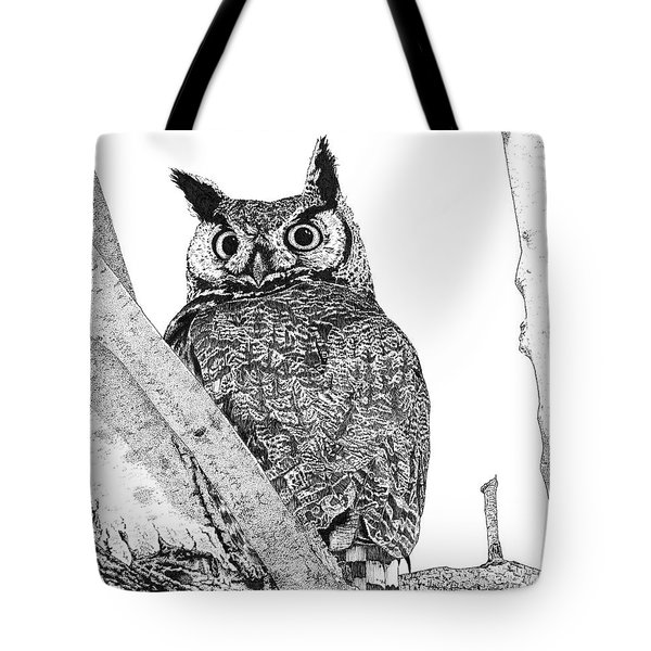 Great Horned Owl In A Tamarisk Tote Bag