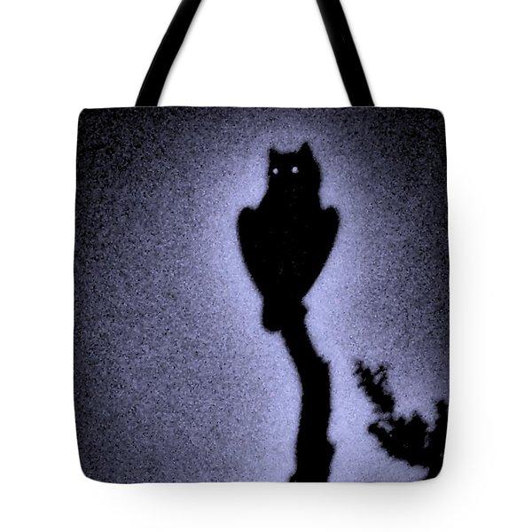 Great Horned Owl In The Desert 4 Tote Bag