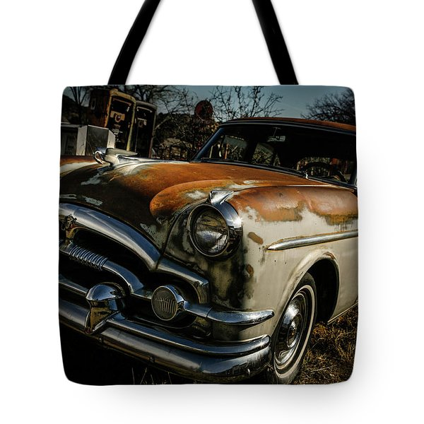 Tote Bag featuring the photograph Great Old Packard by Marilyn Hunt