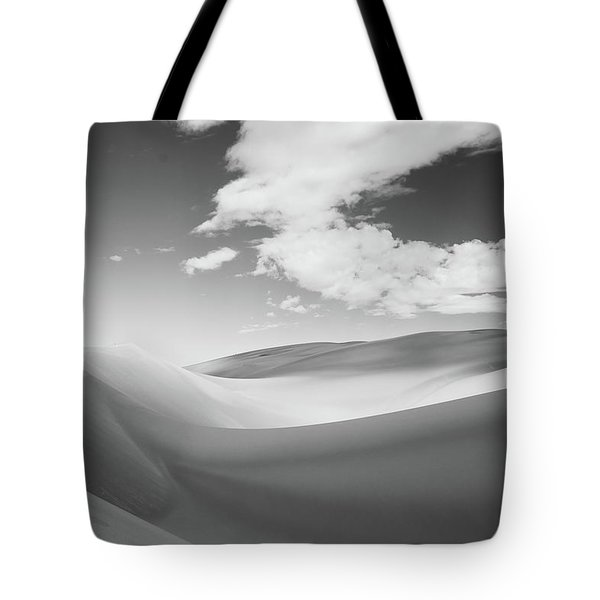 Great Sand Dunes National Park In Black And White Tote Bag