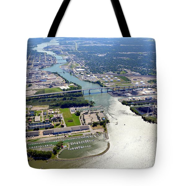 Tote Bag featuring the photograph Green Bay Fox River South by Bill Lang