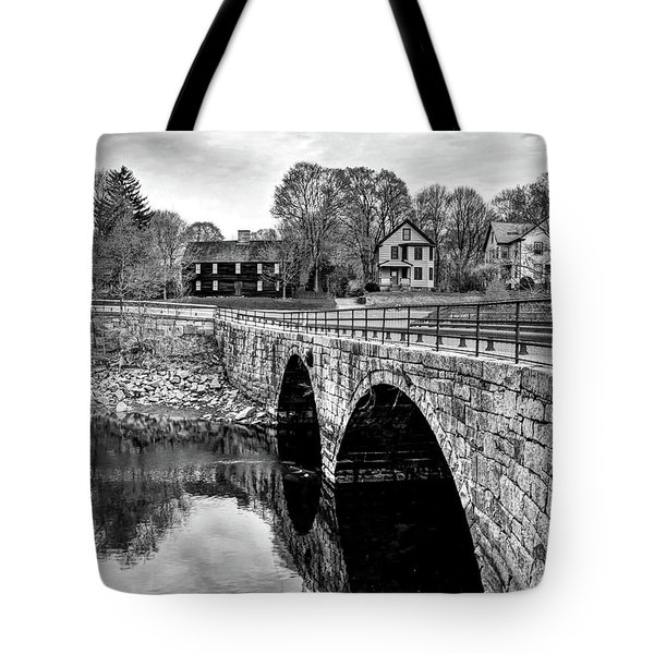 Green Street Bridge In Black And White Tote Bag