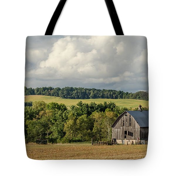 Tote Bag featuring the photograph Grey Barn by Dan Traun