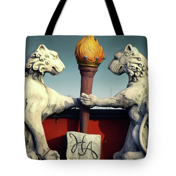 Tote Bag featuring the photograph Griffens by Gregg Cestaro