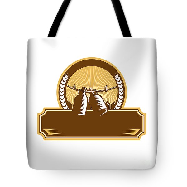 Growler Clothesline Picket Fence Circle Woodcut Tote Bag