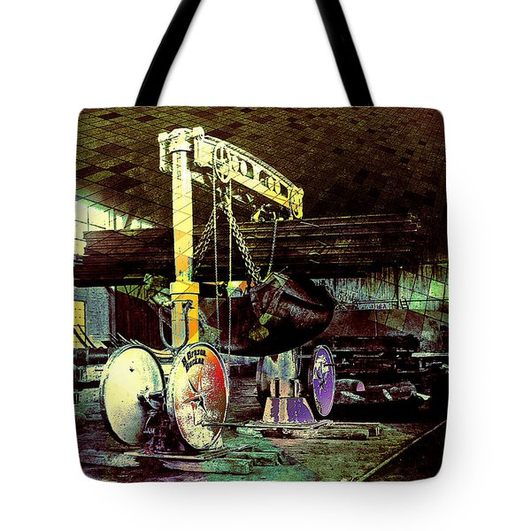Tote Bag featuring the photograph Grunge Hydraulic Lift by Robert G Kernodle