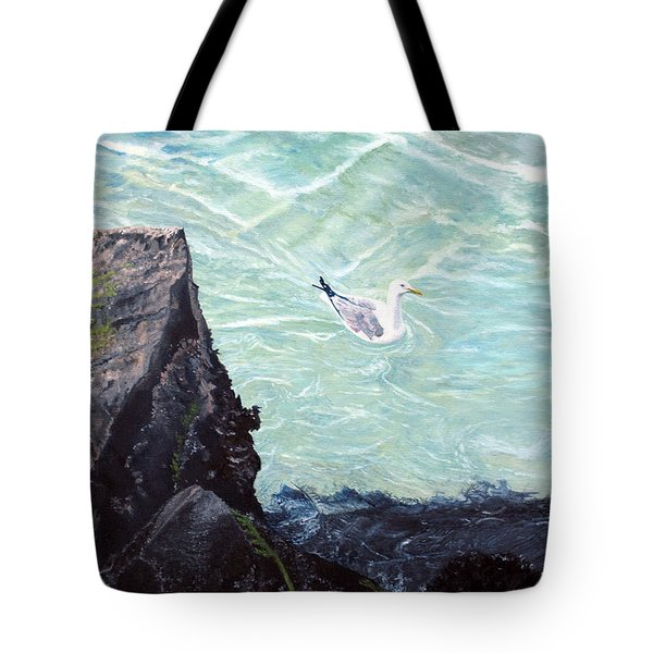 Gull In Shallows Of Barnegat Inlet Tote Bag