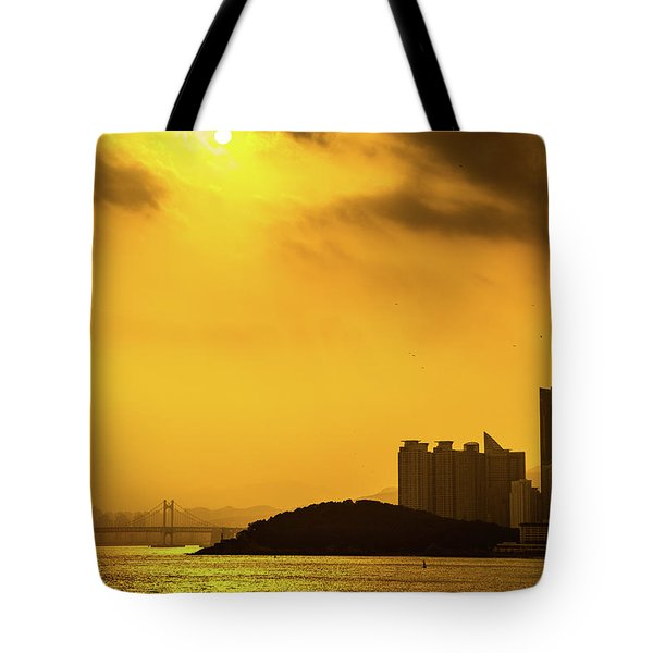 Gwangandaegyo Bridge, Korea Tote Bag