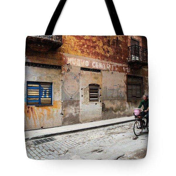 Habana Vieja Ride Tote Bag