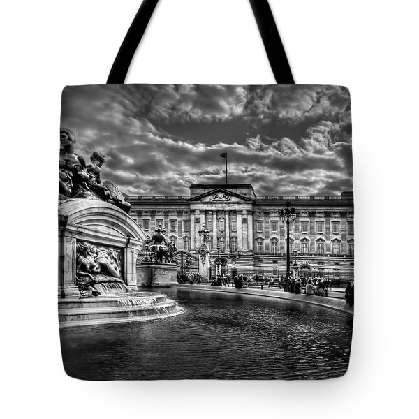 Hail To Majesty Tote Bag by Evelina Kremsdorf