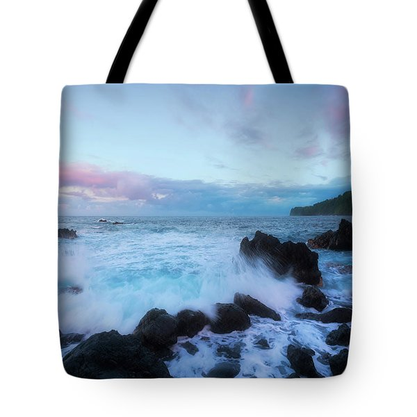 Tote Bag featuring the photograph Hamakua Sunset by Ryan Manuel