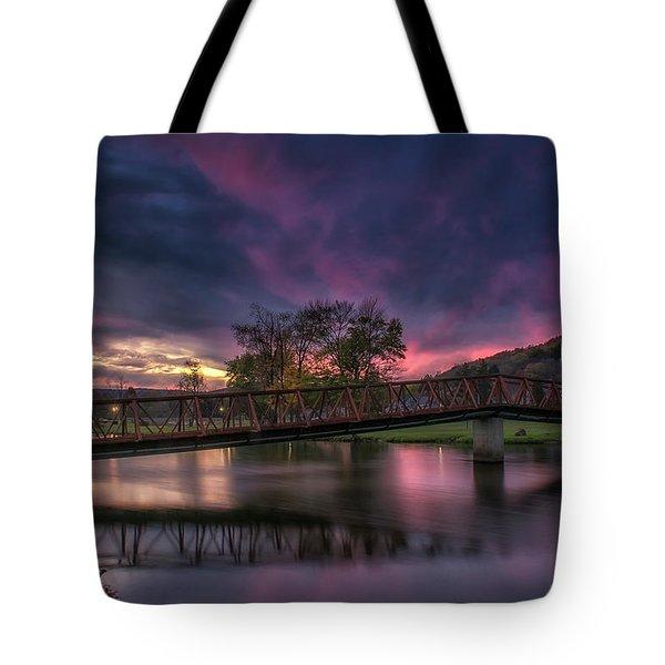 Hamlin Lake Sunset Tote Bag
