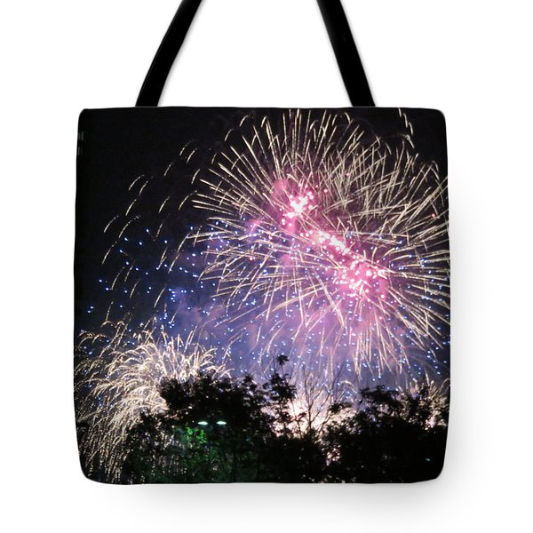 Tote Bag featuring the photograph Happy Birthday America by Robin Regan