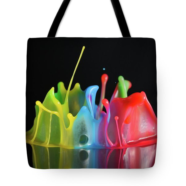 Tote Bag featuring the photograph Happy Birthday by William Lee
