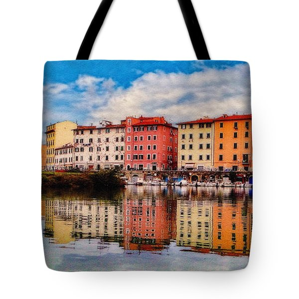 Harbor Reflections In Panoramic Tote Bag by Sue Melvin