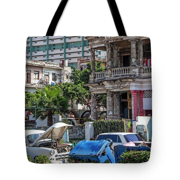 Tote Bag featuring the photograph Havana Cuba by Charles Harden