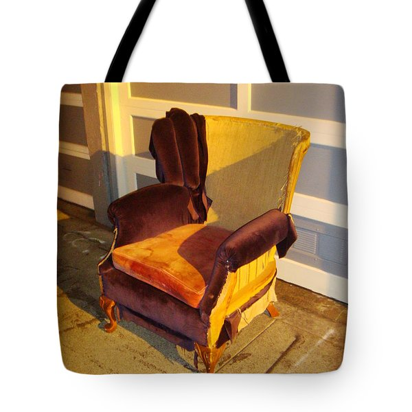 Tote Bag featuring the photograph Have A Seat In Dore Alley by Mr Photojimsf