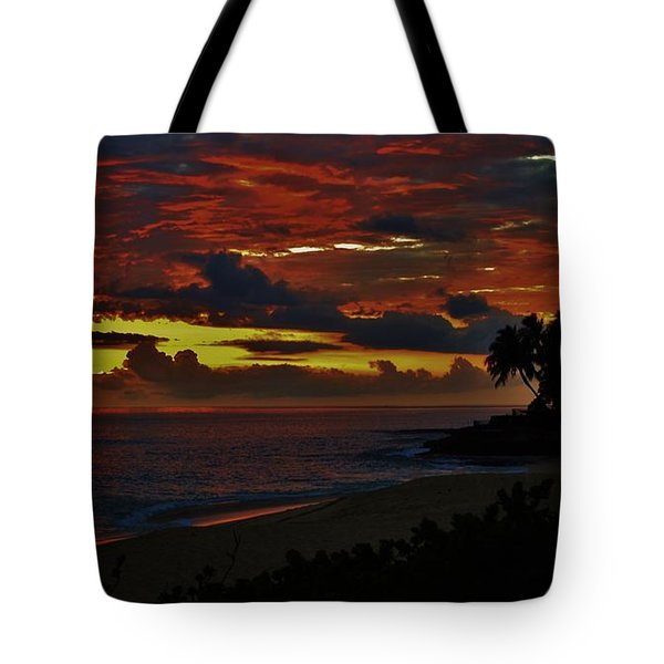 Tote Bag featuring the photograph Hawaiian Night Arrives by Craig Wood