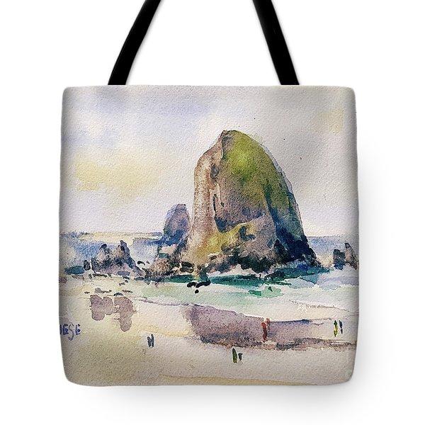 Haystack Rock, Canon Beach, Or Tote Bag