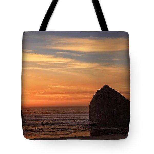 Haystack Rock Ocean Sunset, Cannon Beach, Oregon Tote Bag
