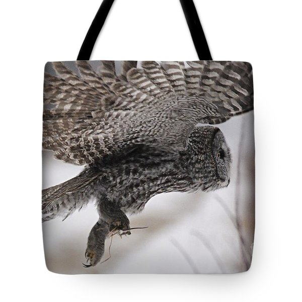Tote Bag featuring the photograph Heading Home With The Booty by Larry Ricker