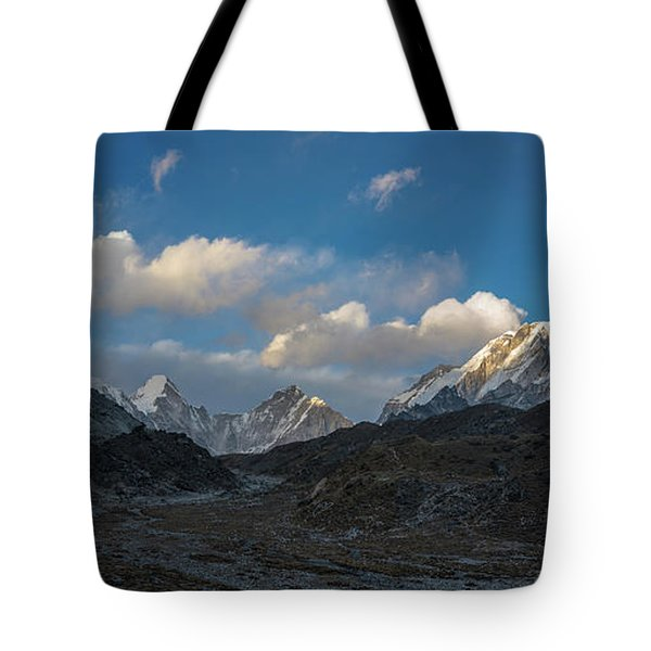 Tote Bag featuring the photograph Heading To Everest Base Camp by Mike Reid