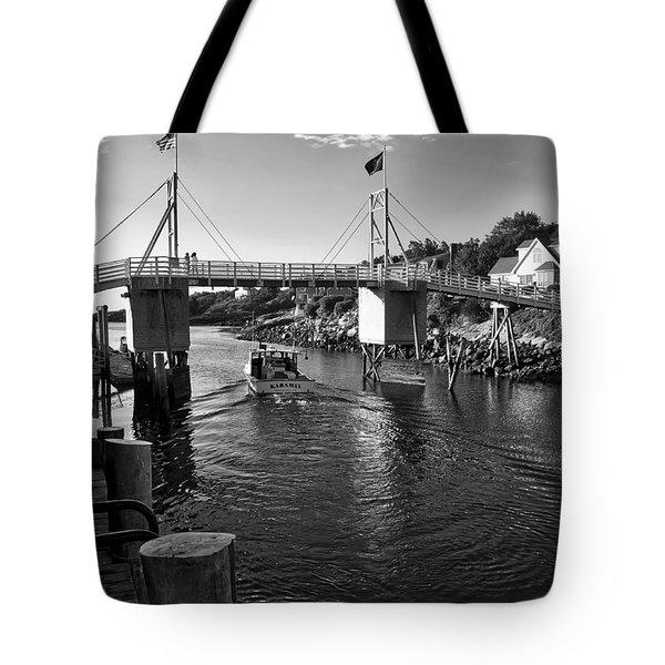 Heading To Sea - Perkins Cove - Maine Tote Bag